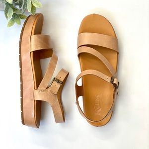 NEW kork -ease sandals Ankle Strap  shoes size 10